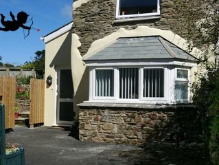 CROYDE WONKY COTTAGE | 1 Bedroom | Croyde | Sleeps 4