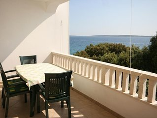 Two bedroom apartment near beach Mandre (Pag) (A-6518-a)