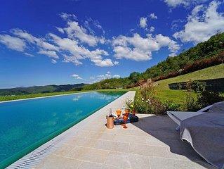 PODERE GAIA 16 PAX pool 5x20, free Wi-Fi, BBQ, near Beaches and Cinque Terre