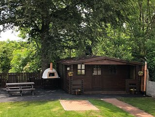 Cozy self catering log cabin only 5 mins from Kilkenny city