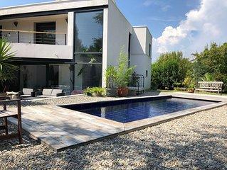 Villa Architecte La Garde avec piscine pour 8 personnes entre Bandol et Hyères