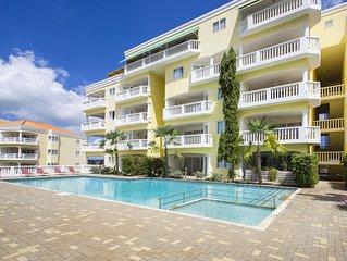 Blue Bay Ocean View Apartment