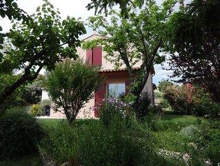 Belle villa ensoleillée et calme