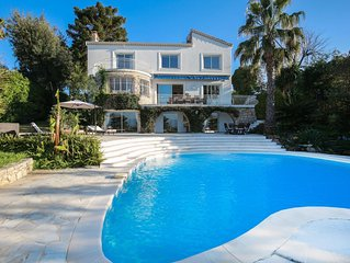 Beautiful modern 5 bed villa in the heart of the exclusive Cap d'Antibes