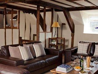 Asleep In Hay - Three Bedroom House, Sleeps 6