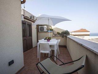 Appartamento Sofia -dimora tipica con veranda a pochi passi dal Castello e dal P