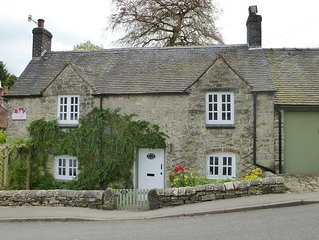 Delightful, detached, stone cottage in Fenny Bentley, Peak District, Derbyshire