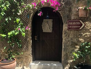 Quirky Original Turkish Stone House in the heart of town