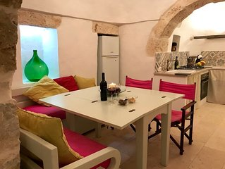 Trullo Panaramica - with private pool - Sleeps 6 - Free Wi Fi -Restored for 2019