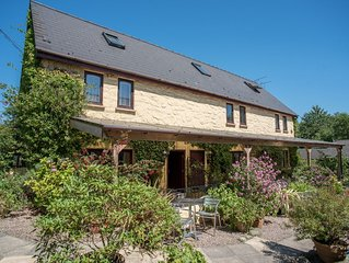 Primrose Cottage is perfect for a hassle free rural retreat for a family of 6. G
