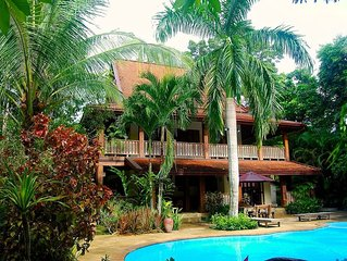 Beautiful Villa, 4 Bedrooms, Swimming Pool, Large Private Tropical Gardens