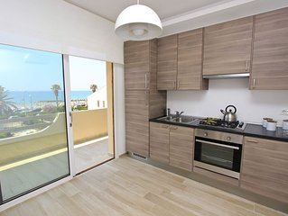Nettuno, very new apartment with sea view, about 50 mt from the beach and the Pr