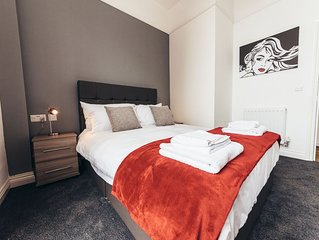 The Stay Company, Friar Gate, Two Bedroom Two Bathroom Apartment