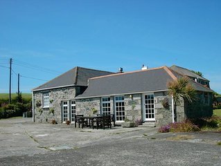 The Cart Lodge (sleeps 4), Menifters Holiday Cottages, Porthallow, Cornwall