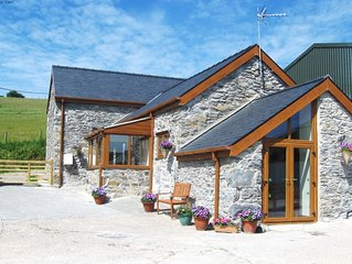 Bwthyn Pendre - Three Bedroom House, Sleeps 6