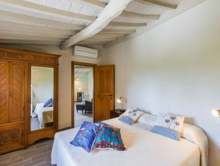 Lovely flat in  Chianti 3 - free parking