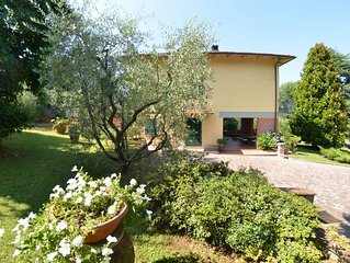 Villa a Capannori con 4 camere da letto e 9 posti letto