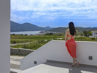 Milos Zen Suite & Holiday Home Suites in Milos Island Greece