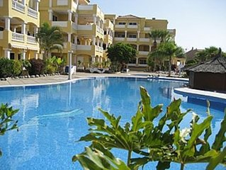Five Star Poolside Apartment In Peaceful Location In Duquesa Del Mar Complex
