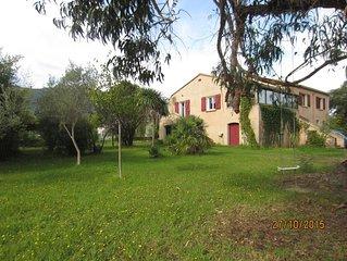 Grande Villa 6/8 pers ,tout confort avec grand jardin proche mer et  montagne
