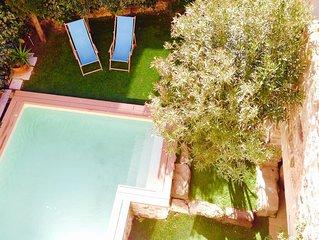 90m2  dans maison avec piscine privee terrasse et jardinet