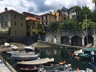 Casa al Vecchio Porto overlooking the ancient port in Cannero Riviera