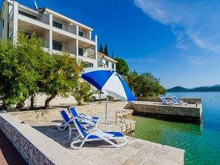 Villa Regina Maris appartamento A2, 6 persone spiaggia privata, doppia terrazza
