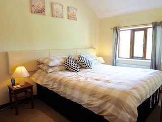 A cosy one bedroom cottage set in the idyllic Vale of Glamorgan - pets welcome