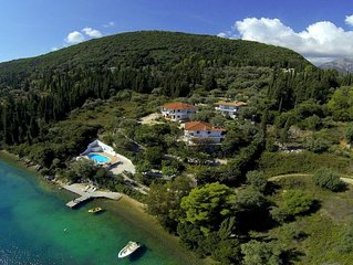 A Secluded Bay, Exquisite Seafront Villa -Mandarin ~AUTUMN OFFER~