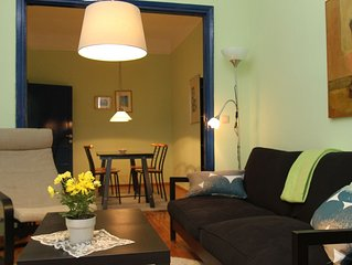 Friendly cozy apartment next to the seaside.  Only 70 meters from public transpo