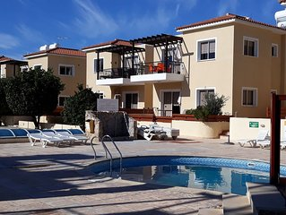 Luxury    two bedrooms apartments, walking dinstance to the beach