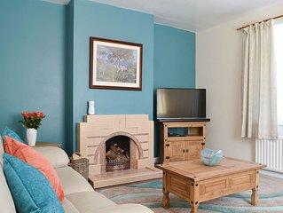 4 bedroom accommodation in Morfa Nefyn, near Pwllheli