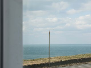 Coastline Apartment | Porth Beach