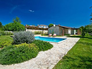 Beautiful stone villa with private pool near Porec