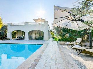 Bellissima villa a Manerba del Garda con piscina privata e terrazza di 200m2!