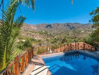 Casa rural con piscina privada en San Bartolome