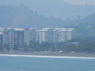 Jaco Bay premium towers condominum