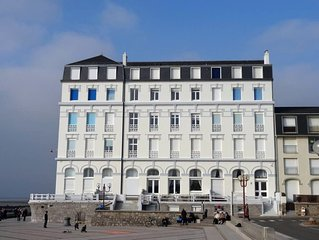 Appartement Grand Hotel Vue Front de Mer a Wimereux