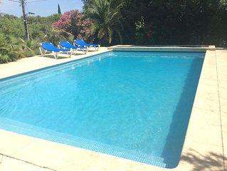 Belle villa de charme avec piscine, très proche du centre vill