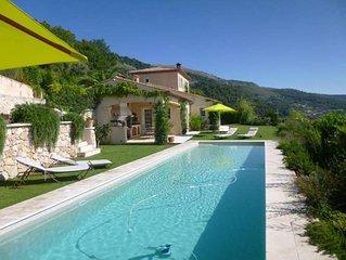 Belle villa neo-provencale avec exceptionnelle vue mer panoramique (piscine chau