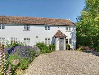 Sonnet Cottage - Five Bedroom House, Sleeps 7