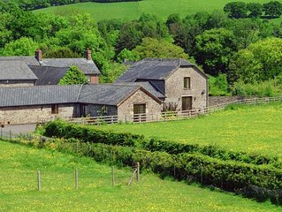 Ty Cerrig Granary - Six Bedroom House, Sleeps 13