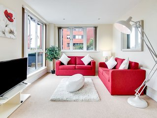 Luxury Two Bed Apartment With Roof Terrace