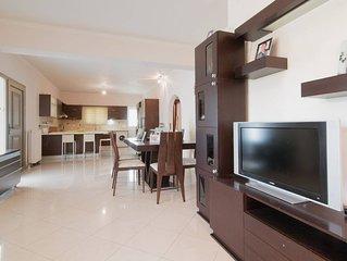 'gianna's Apartment'