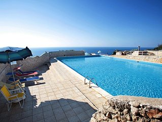 La Vela   apartment in Leuca with WiFi, air conditioning, private parking & balc
