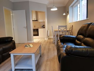 2 Bedroom Apartment Near the 3 Arena