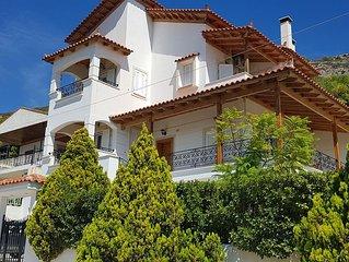 Luxury Villa with fantastic sea view, near airport