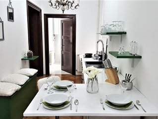 The Antique Modern - refined luxury, 4 bedroom in the center of Zagreb