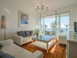 Apartment with spectacular sea view fronting the Promenade Des Anglais in Nice