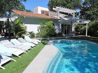 Maison  moderne avec piscine à deux pas de la plage